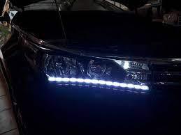 Độ đèn led mí, đèn led daylight 2 màu cho xe Altis giá rẻ tại Hà Nội