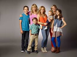 fuller house tv show 2015. Modren 2015 Candace Cameron Bure Talks Coming Home To Fuller House In Tv Show 2015