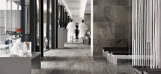 Floor gres: ceramic tiles and slabs in porcelain