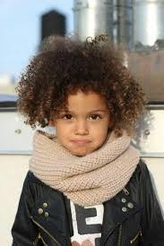 وصفة خارقة للتعامل مع شعر ابنتك المجعد مجلة الجميلة