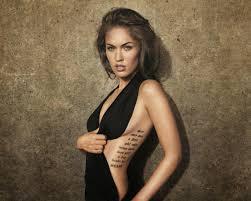 татуировки надписи на шее женские