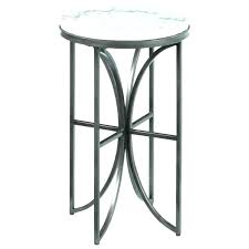 black round accent table