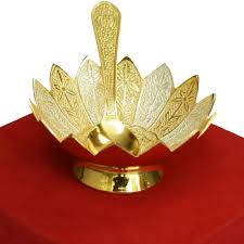 best return gifts for wedding indian gift ideas this gold silver lotus shaped bowl with matching spoon set at boontoon best wedding return gifts india gift