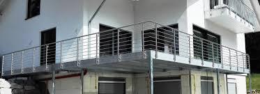 In puncto haltbarkeit sind stahlbalkone konstruktionen aus holz deutlich überlegen. Schlosserei Hoppe Ihr Kompetenter Partner Fur Stahl Und Edelstahl Stahlbalkone Ohne Treppen
