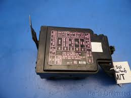 93 97 honda del sol civic oem under hood fuse box with fuses relays broken fuse box evil within 2 at Broken Fuse Box