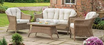 rhs harlow carr lounge set with cushions from the rhs by kettler garden furniture range on