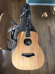acoustic baby taylor guitar w guitar stand taylor guitar carrying case