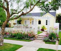 17 Best Ideas About Cottage Front Yard On Pinterest Flower