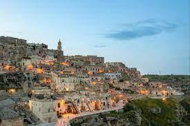 Höhlenstadt in Italien: Das Wunder von Matera - 20 Minuten