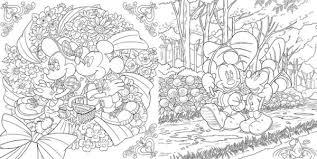アートをお手本にキャラクターを色づけラブラブ ディズニー塗り絵