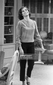 mary tyler moore 1963.  Tyler Actress Mary Tyler Moore In Rehearsal For The Dick Van Dyke Show On  December 2 1963 Los Angeles California Intended C