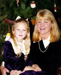 Wonderful Taylor Swift Christmas Tree Farm Part - 5: Taylor Swift And Her  Mom