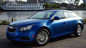 2013 Chevrolet Cruze Eco Woos Drivers With Brains And Brawn ...