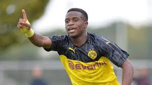 See more of youssoufa moukoko on facebook. Youssoufa Moukoko Rencontrez Le Prodige De 16 Ans Du Borussia Dortmund Tech Tribune France