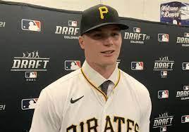 Pirates, Henry Davis agree to signing ...