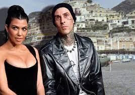 Travis Barker, Kourtney Kardashian fly ...