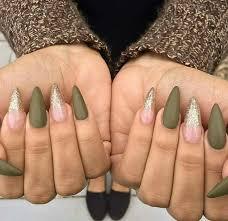 Pin by Hillary Payne on Nails/makeup/clothes/hair , etc | Olive nails,  Green nails, Hair and nails
