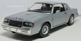 Two Lane Desktop: Motormax 1:24 1987 Buick Regal T-type and ...