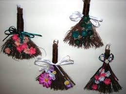 cinnamon broom decorating ideas crafts made with brooms thriftyfun