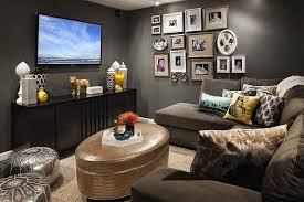 Tv room furniture ideas Family Room Decoist 20 Small Tv Rooms That Balance Style With Functionality