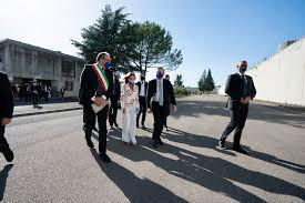 Il Presidente Draghi e la Ministra Cartabia in visita al carcere di Santa  Maria Capua Vetere