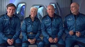 جيف بيزوس حقق حلمه بالسفر إلى الفضاء على متن سفينته الخاصة | وطن يغرد خارج  السرب