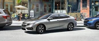 The Technology Features inside the 2017 Honda Civic Sedan