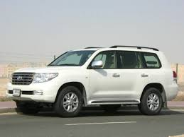Have you ever consider to buy 2008 Toyota Land Cruiser?