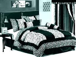 west elm bedspread west elm bedspread duvet cover masculine bedspreads beautiful west elm bedspread gray stripe