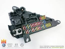 bmw 5 series e60 520d 2004 08 central fuse box power image is loading bmw 5 series e60 520d 2004 08 central