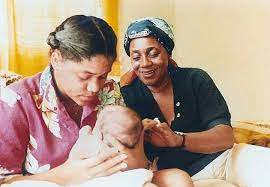 Meghan with her mother Doria Ragland and her grandmother Jeanette Johnson    Meghan markle, Photographer, Markle