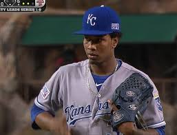 completely new what are major league players wearing around their necks kenn am41