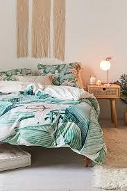 53 bright tropical bedroom designs
