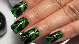 Sparkly Green & Black St Patrick's Day Water Marble Nail Art ...