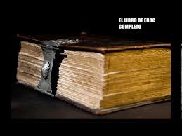 Esos libros hacen parte de un conjunto de manuscriptos sagrados encontrados en las proximidades del mar muerto. El Libro De Enoc Completo Youtube