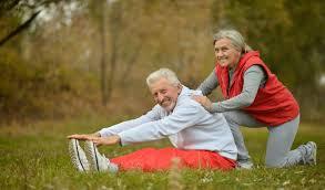 Resultado de imagen para adultos mayores