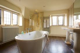 Stay At Our Burford Hotel The Lamb Inn Bathrooms Near Sheep S Meadow