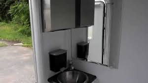 Shower Toilet Combo Shower Trailer Portable Restrooms Trailer 2 Or 3 Station