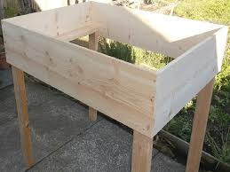 to build a standing raised garden bed