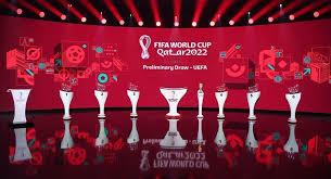 Den gesamten wm 2022 spielplan könnt ihr euch auf der verlinkten seite ansehen. Qualifikation Fur Die Wm 2022 In Katar Deutsche Fussball Nationalelf Wieder Mal Im Losgluck Sport Tagesspiegel
