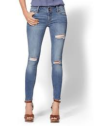 Curves new york Ashley Graham Soho Jeans Nyc Runway Contour Stretch Destroyed Curve Creator Legging New York Atmtx Photo Jeans For Curvy Women Shop Curvy Jeans Nyc