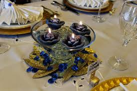 how to make a floating candle centerpiece