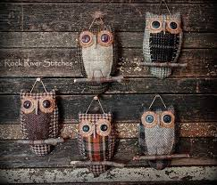 Rock River Stitches: Primitive Easter Bunny *New*   Owl crafts, Primitive  crafts, Wool crafts