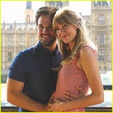 nathan kress wife. nathan kress went to his first baby shower for future daughter wife