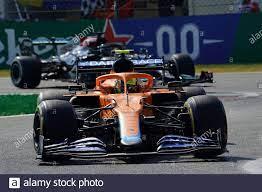Monza, Italien. September 2021. 12.09.2021, Autodromo Nazionale di Monza,  Monza, FORMEL 1 HEINEKEN GRAN PREMIO D'ITALIA 2021, im Bild: Lando Norris  (GBR # 4), McLaren F1 Team, Lewis Hamilton (GBR # 44),