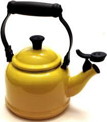 le creuset demi kettle tea pot yellow enamel  qt l euc