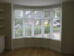 Bay Window Curtains For Living Room How To Solve The Curtain Bay Window Blind Ideas
