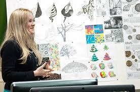 Идут защиты дипломных проектов Международная Школа Дизайна Защита интенсива Графический дизайн 12 февраля 2013 Защита интенсива Графический дизайн 12 февраля 2013