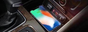 Kia Cerato được trang bị sạc không dây; iPhone 8/8+ hay X sẽ xài được