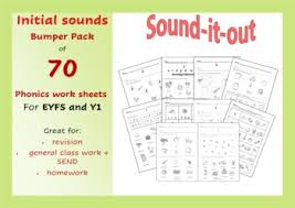 These printables require your students to sort between the two sounds. Initial Sounds Phonic Worksheets For Phases 2 And 3 By Lilibettes Resources